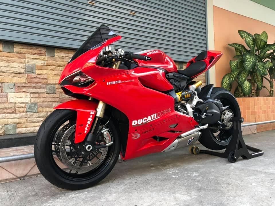 DUCATI PANIGALE 1199 2O12 สีแดง - Bikes 4 Deal